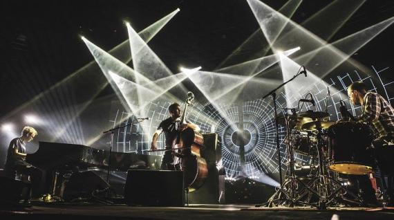 Jazz'About gioca pesante: GoGo Penguin e James Holden a Sanbàpolis